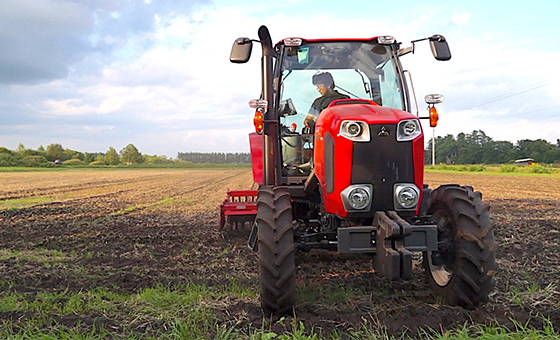 Realize agricultural machinery that is hard and connective Development and sales of retrofit equipment